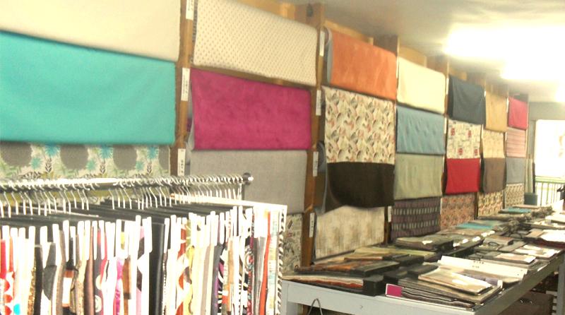 Tienda de telas de mayoreo en portales con muestrario y variedad, nuevos modelos